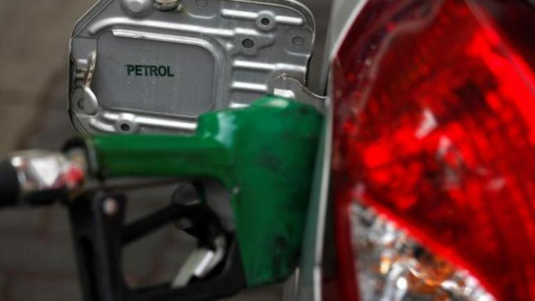 With Ease in Crude Oil prices INR Gains strength